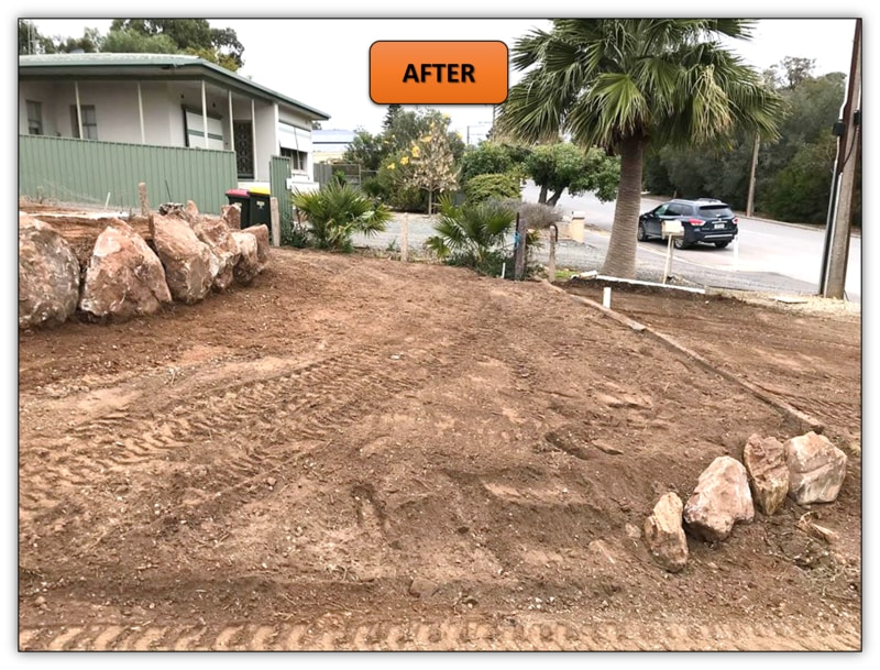 Front Yard Retaining Wall Earthmoving Contractor Adelaide